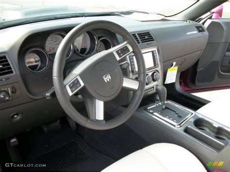 White Challenger Interior by Pearl White Leather Interior 2010 Dodge Challenger Srt8