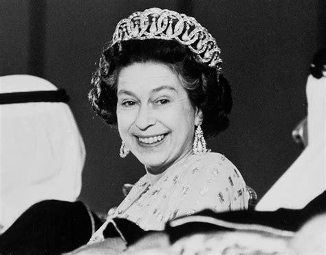 elizabeth ii elizabeth ii proclaimed queen look at best pictures