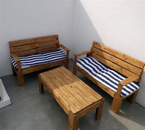 sillones hechos con palet sillones de terraza y mesa con palet todo con palets