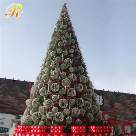 2017 christmas tree giant outdoor commercial lighted view