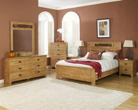 dakota king knotty pine bedroom suite at menards 174