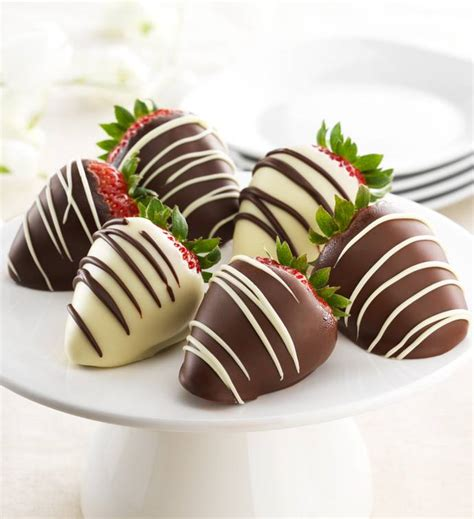 chocolate strawberries chocolate covered strawberries for s day
