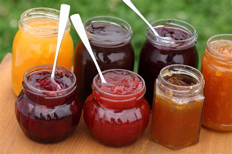 S Kitchen Fruit Jam Jam Jelly Preserves Marmalade What S The Difference