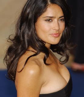 Salma Hayek Hot Sexy Boobs Nipple Navel Press Wet Cute Unseen Rare Bikini Spicy Show Photos