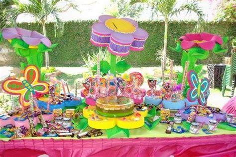 preciosa decoracion con flores dulces y mariposas d peque 241 ines mesas d and