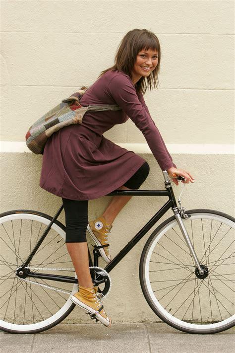 Beike Fashion a commute the fashion stylist in dublin