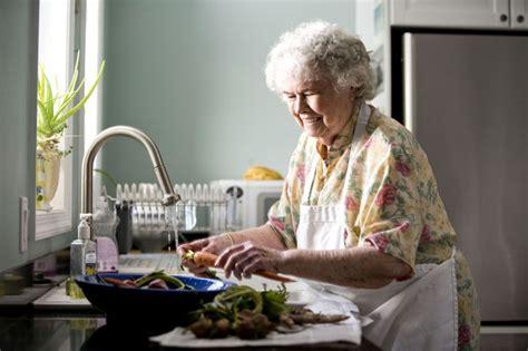 free picture portrait elderly kitchen preparing