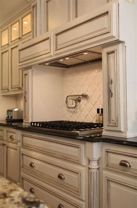 white kitchen cabinets with chocolate glaze paint is benjamin quot white dove quot with a chocolate