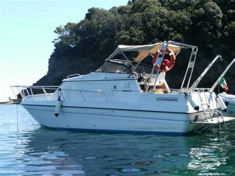gobbi 23 cabin photographs and images gobbi 23 photo research boats and