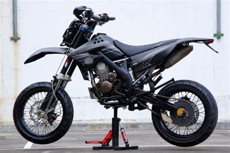 Modifikasi Motor Supermoto by 50 Gambar Modifikasi Kawasaki Klx 150 Supermoto Keren