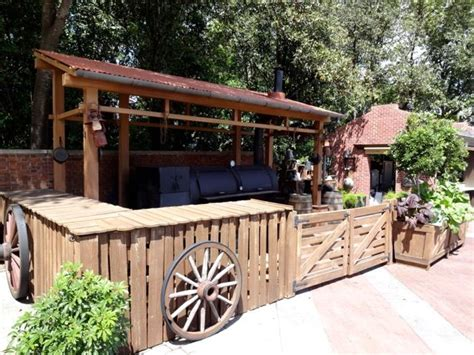 Garden Bar Accessories 1000 Images About Back Yard On