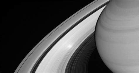 Menyelidiki Ruang Angkasa Bulan misi pesawat ruang angkasa cassini berakhir di saturnus dan bulan okezone techno