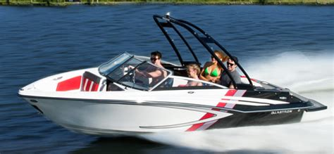 glastron runabout boat glastron boats jet runabout deck sport cruiser cruiser