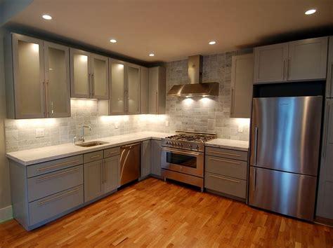 Modern Kitchen Backsplash cuisine petite cuisine equipee ikea avec noir couleur