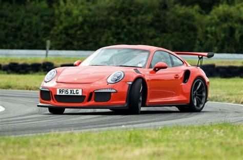 Wheels Porsche 911 Gt3 Rs Merah Miniature Mobil Hotwheels surplus home autos post