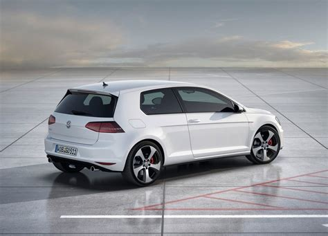 Golf Auto 2013 by Auto Review Volkswagen Golf Mk7 2013