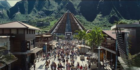 theme park tourist 9 jurassic world attractions inspired by real parks