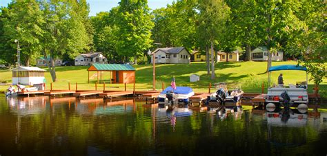 Manistique Lake Cabins by Cabin 2 Sleepy Eyed Goose Cabin