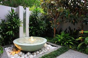 contemporary water feature designs for the garden and outdoors