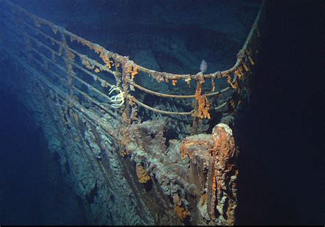 the titanic in the floor damaged ships and shipwrecks rms titanic sea