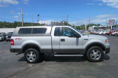 2005 Ford F 150 FX4   Off Road 4x4  two tone paint   no