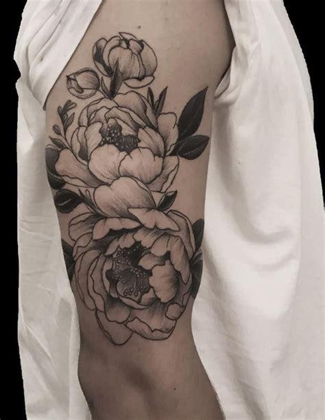 black flower tattoos best 25 black flower tattoos ideas on henna