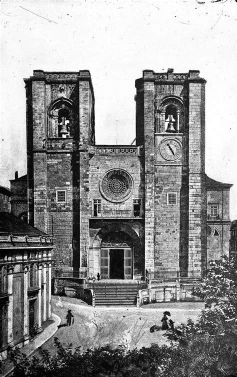 Largo da Sé, 1870 | Lisboa antiga, Fotos de lisboa, Lisboa