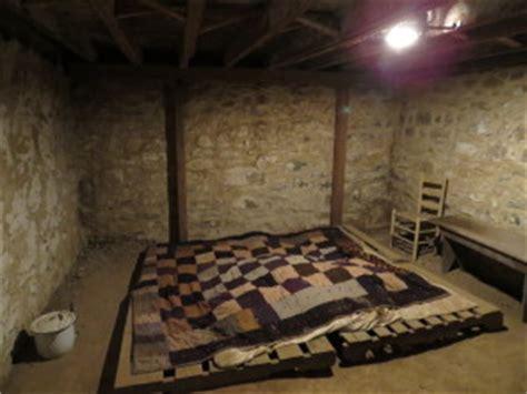 underground rooms secret underground rooms pictures to pin on pinsdaddy