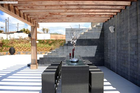 outdoor entertainment five popular design features for outdoor entertaining
