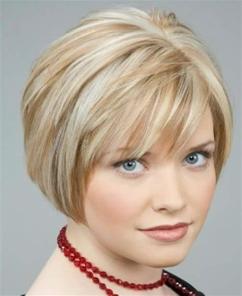 short hairstyles for fat necks hairstyles for women with fat faces and necks slojeviti