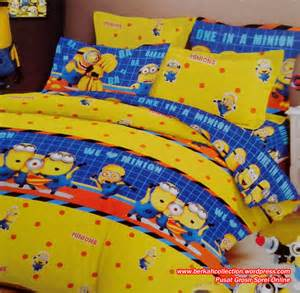 Bantal Guling Set Minion berkah collection bed cover sprei pusat grosir sprei