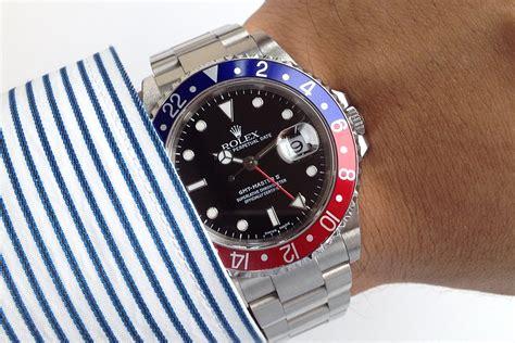 Jam Tangan Pria Rolex Gmt Master 12 jam tangan second sold mint rolex gmt master ii 16710 w pepsi bezel k series 2002