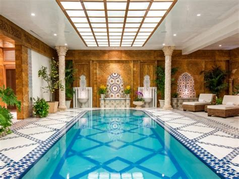 how old is mohamid from the beverly hills house wives mohamed hadid designed crescent palace in bel air hits