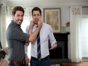 Hgtv Property Brothers by Brother Vs Brother On Hgtv Hgtv