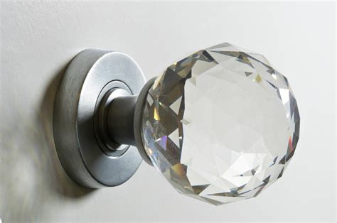 Interior Door Knob How To Remove Interior Door Knobs The Homy Design