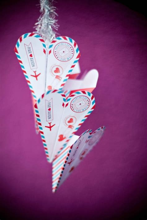 paper airplane valentines flying paper airplane valentines a owl
