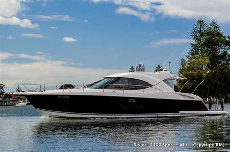 riviera  sport yacht power boat  sale wwwyachtworldcom