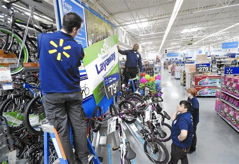 relocated eldersburg wal mart opens for shoppers carroll