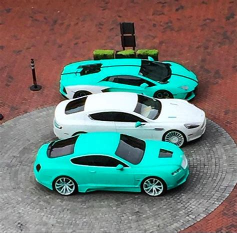turquoise bentley yo gotti has a new favorite color celebrity cars blog