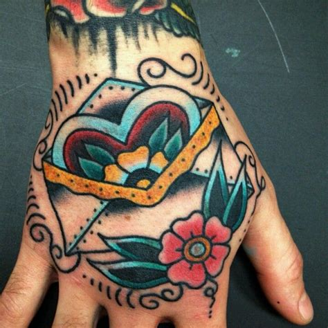 tattoo hand old school i really dig old school love letter tattoos i run across
