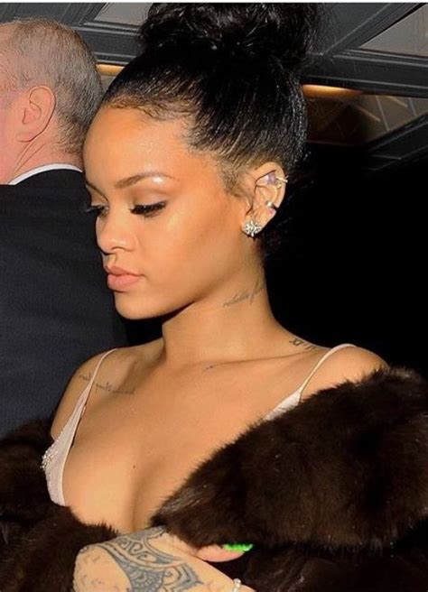 rihanna shoulder tattoo best 25 rihanna neck ideas on