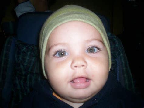 imagenes de ojos verdes bebes provisional 23 feb 2011