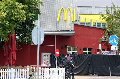 schnellrestaurant stuttgart olympia einkaufszentrum in m 252 nchen rechtsextremer