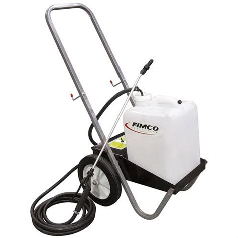 Battery Powered Garden Sprayer by 5 Gallon Lawn Sprayer Fimco Lg 5 P 5302165 Agri Supply 57234