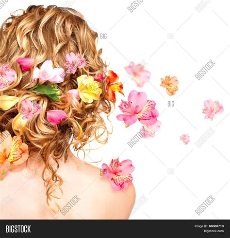 hairstyles decorated with flowers hairstyle with colorful flowers beautiful healthy curly
