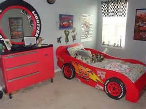 cars themed bedroom furniture birch:  cars cars beds bedrooms design lightning mcqueen room kids room