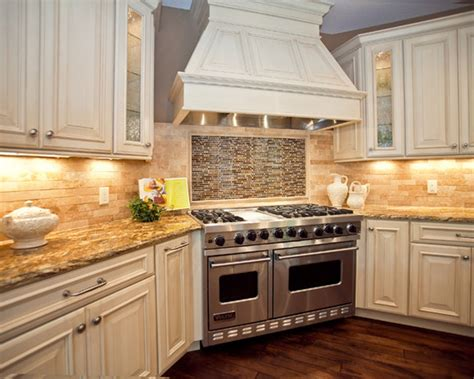 Kitchen Backsplash With White Cabinets Kitchen Amazing Kitchen Cabinets And Backsplash Ideas Kitchen Backsplashes Kitchen Countertops