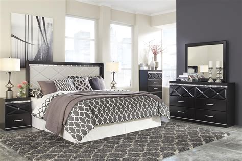 Fancee Bedroom Set by Signature Design By Fancee King Bedroom