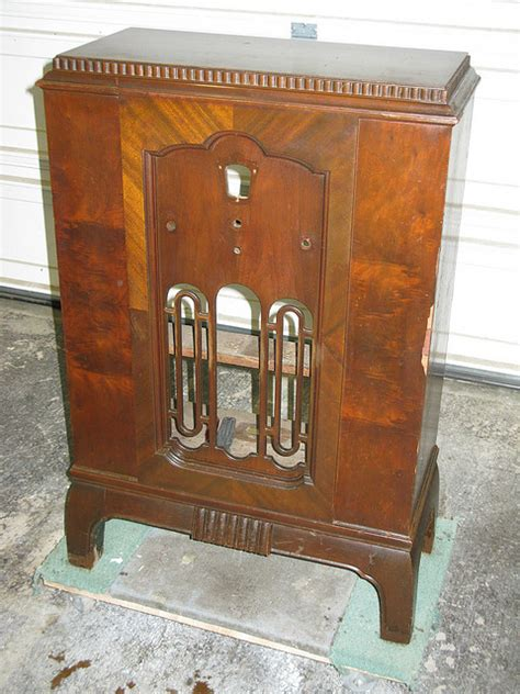 early american style sofas early american style furniture furniture refinishing guide