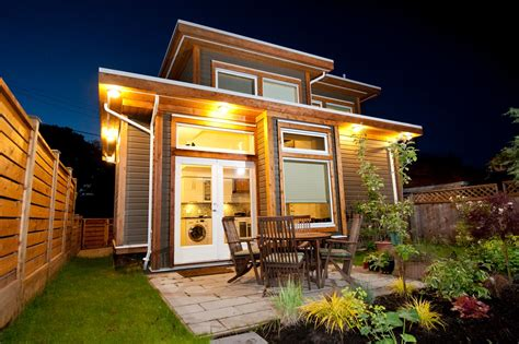 small living homes tiny house at night beautiful tiny homes pinterest